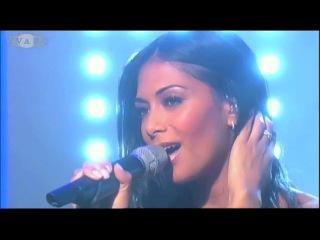 Nicole Scherzinger feat. Enrique Iglesias - Heartbeat (Live) .